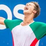 Gabriel Sidney fica com o título dos 18 anos da 6ª Semana Guga Kuerten, que reuniu mais de 1000 tenistas