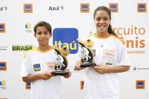Tenistas de instituição pública faturam título em Curitiba e vão a Barcelona