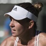 Halep e Bouchard perdem na estreia de Wimbledon. Kvitova e Wozniacki confirmam o favoritismo