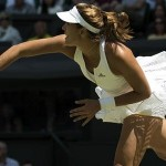 Muguruza vence Radwanska e enfrenta Serena na final de Wimbledon