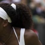 Serena vira sobre Azarenka e encara Sharapova na semi de Wimbledon. Radwanska enfrenta Muguruza