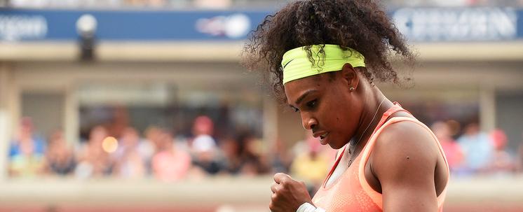 Serena vence batalha com Venus e enfrenta italiana Vinci na semi