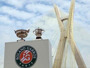Taças de Roland Garros estarão no Itaquerão neste domingo