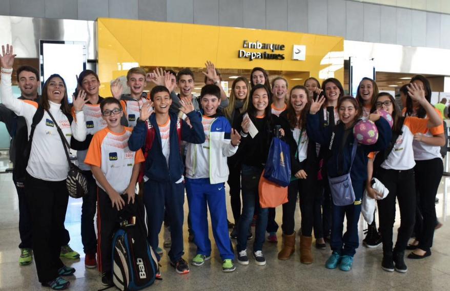 Campeões do Circuito Escolar e Universitário embarcam para Barcelona