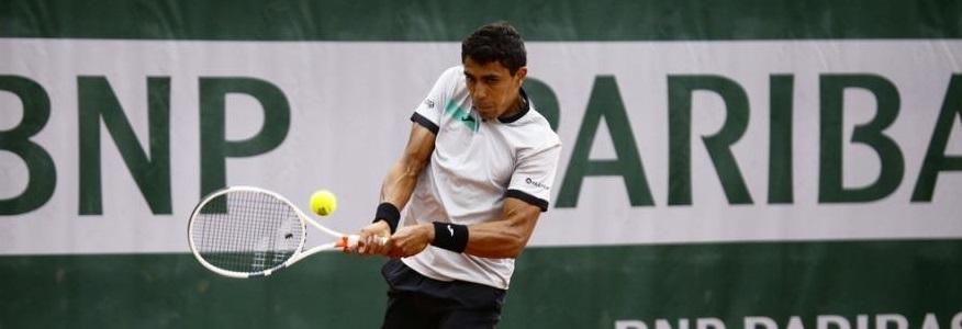 Thiago Monteiro vence outra e está a um jogo da chave principal de Roland Garros